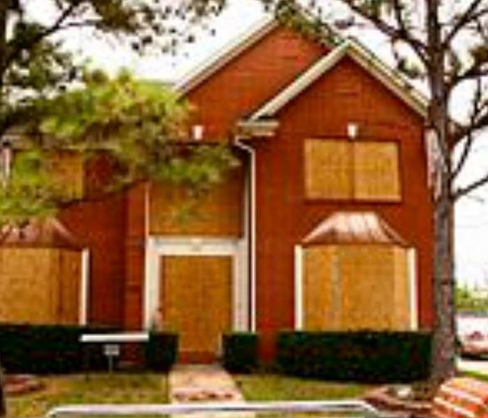 Building Services Leave the hassle of boarding up your Frankfort area business or home to us.